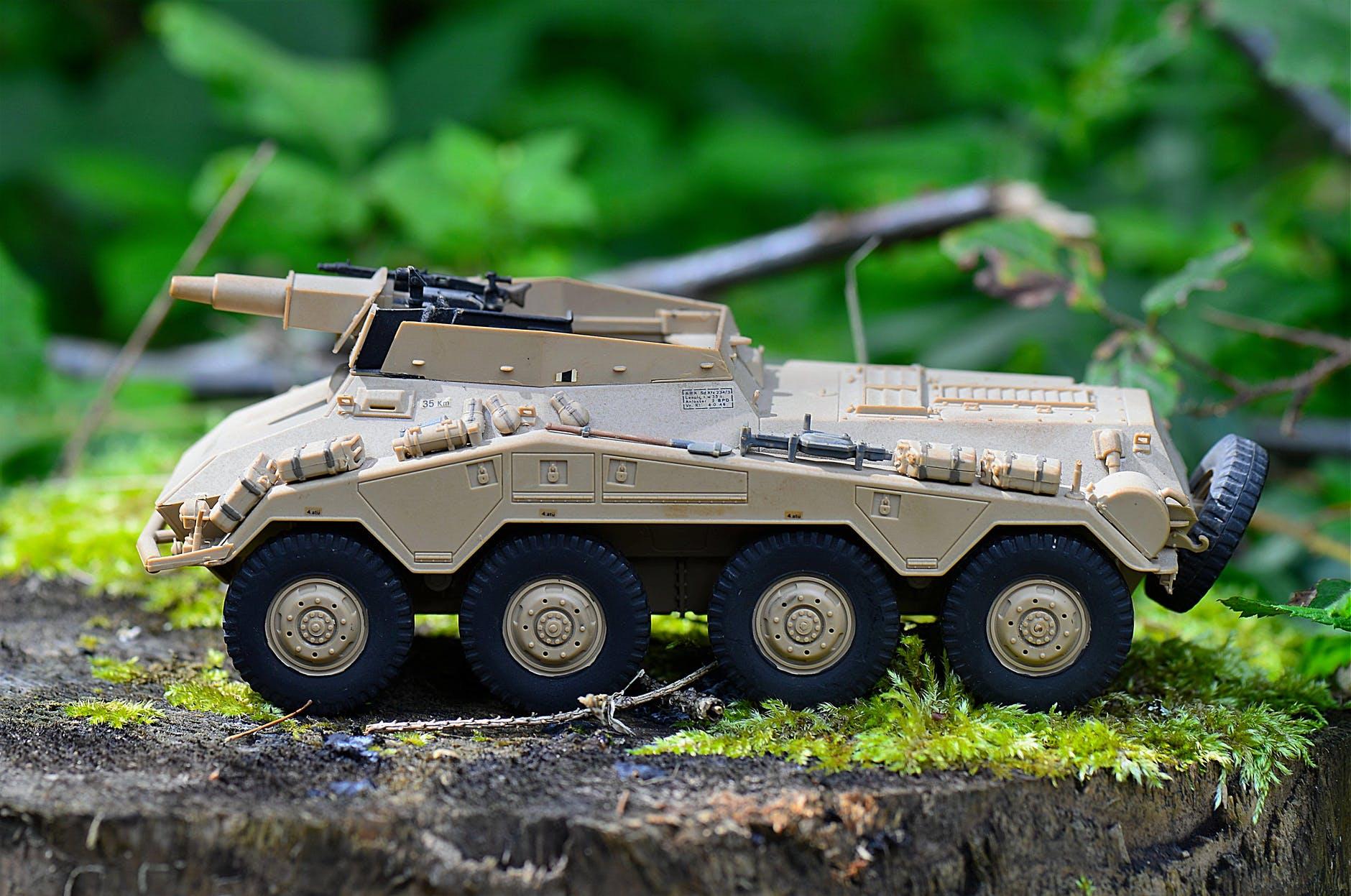 radpanzer-model-military-vehicle-163546.jpeg